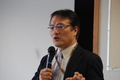 参加者に熱く語る仲野氏(ナカジュク塾長)
