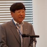 開会の挨拶をする岡村寛三郎理事長