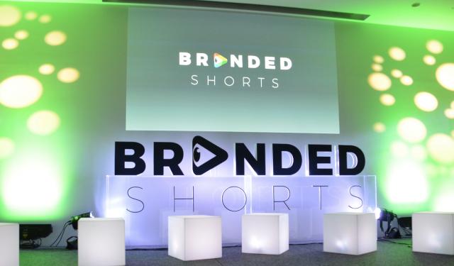 虎ノ門ヒルズのアンダーズ東京で開催された第1回「Branded Shorts of the Year」のアワード授与式。