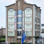 早稲田スクールの本部校舎は大きな被害は免れたが、地震発生後に解体や大規模修理が必要となった校舎もあった。